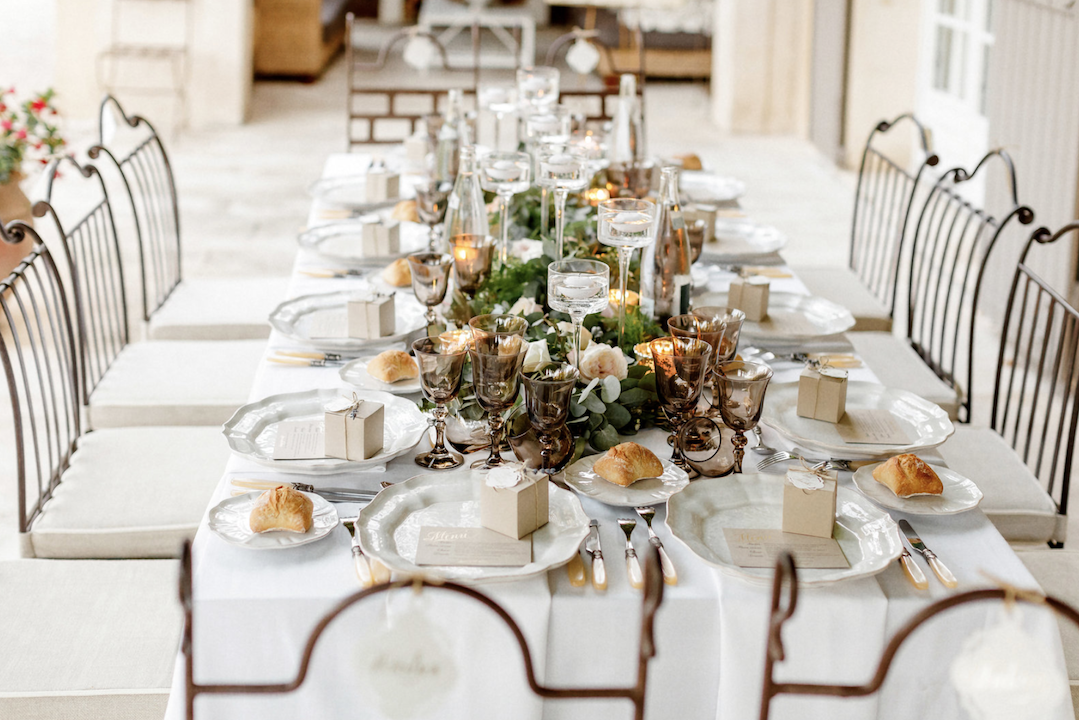 destination wedding in provence (decor 3) by Muriel Saldalamacchia wedding planner Photo by Remi Dupac