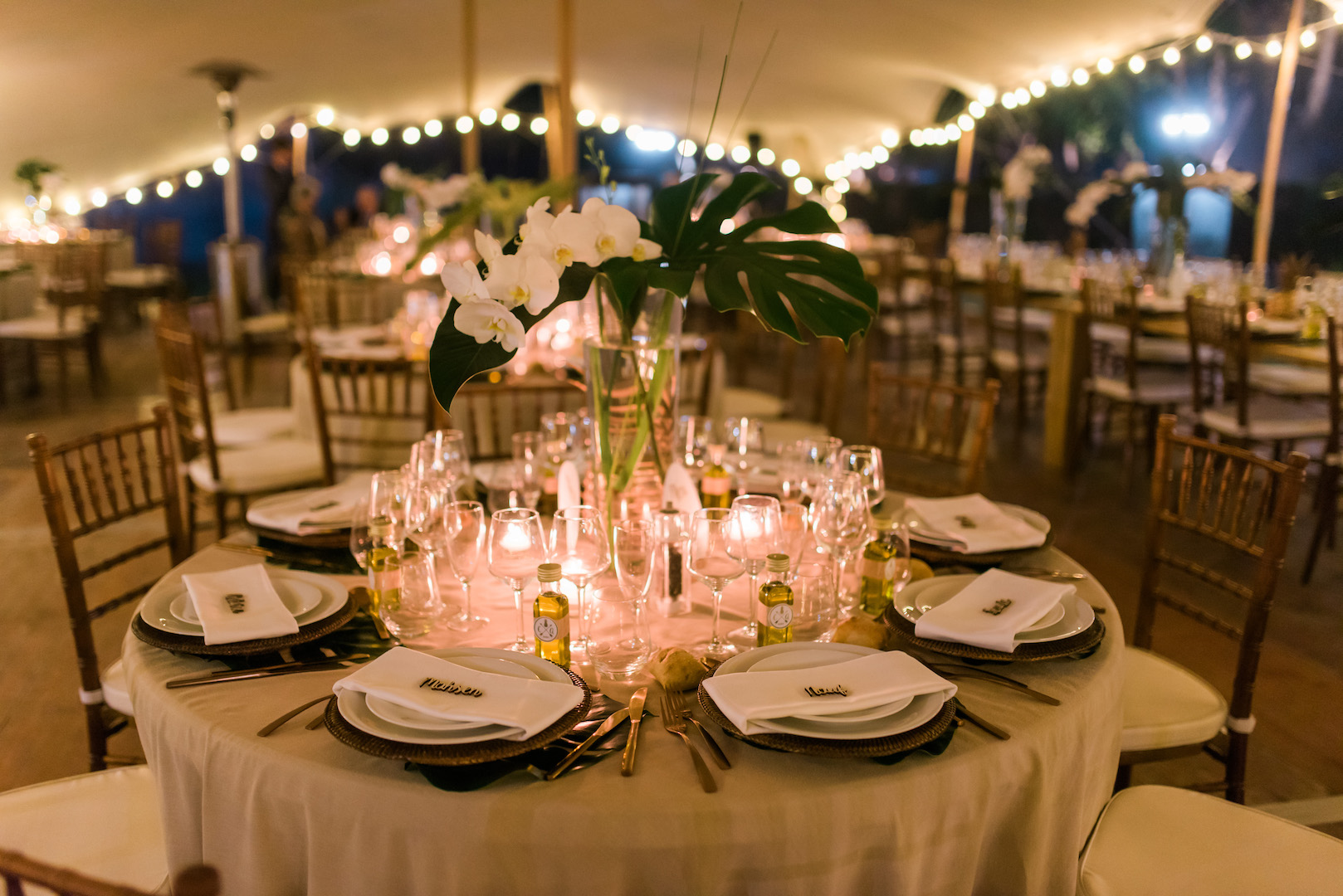 Tropical wedding decor 13 in south of france wedding planner muriel tropical wedding decor 13 in south of france wedding planner muriel saldalamacchia photo by dan petrovic junglespirit Images