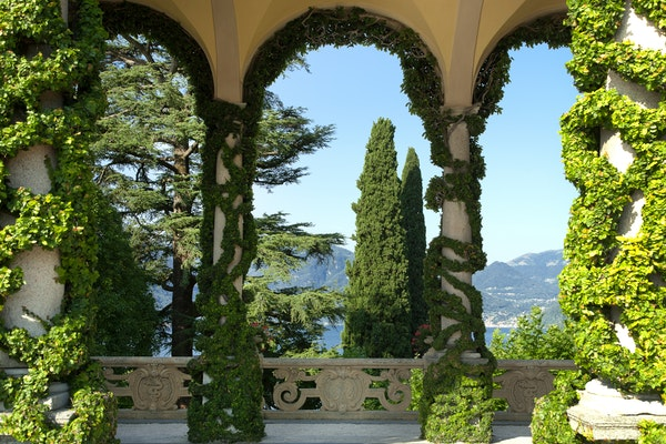 wedding location in lake como-la-loggia-durini_45662