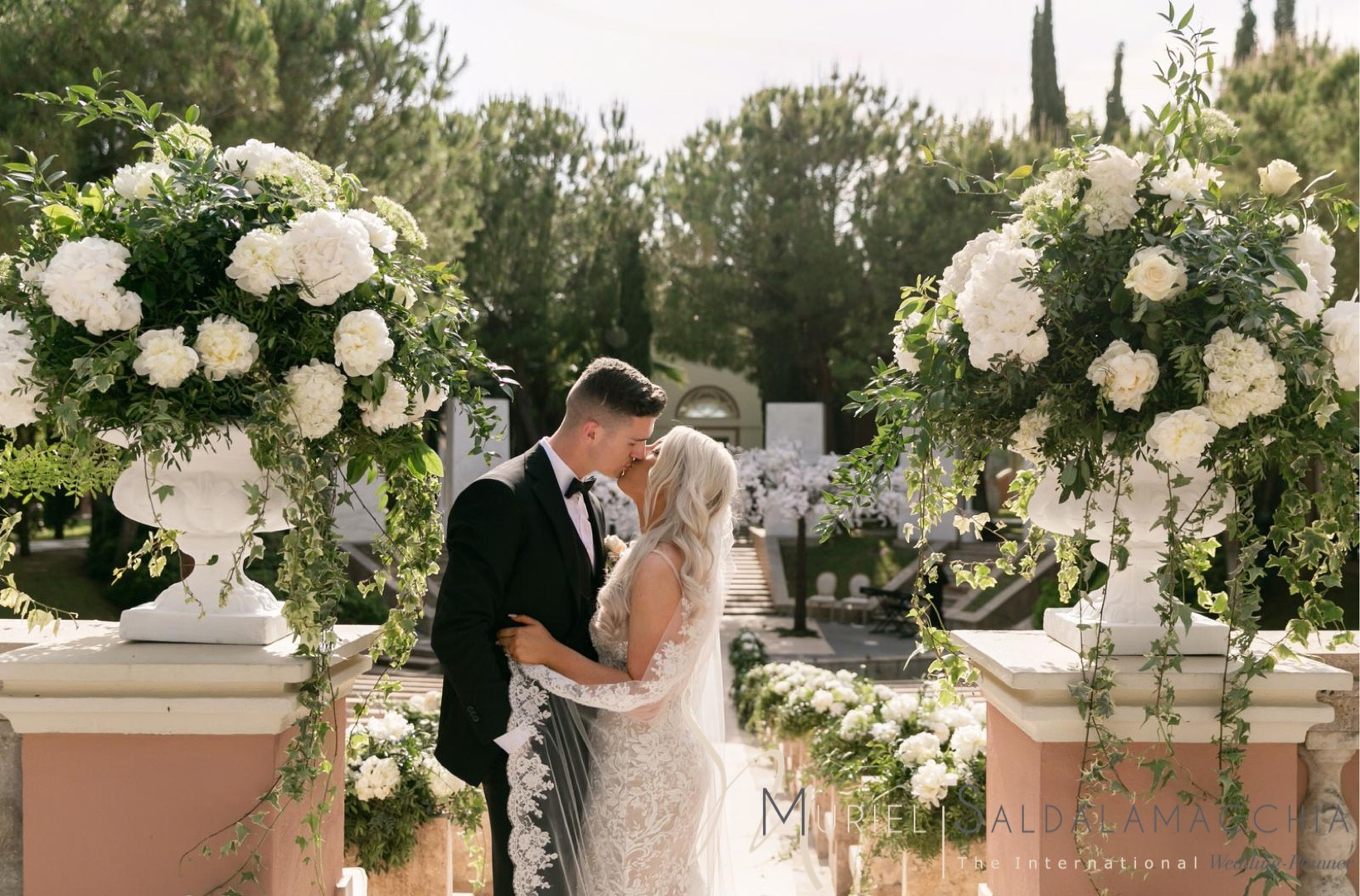 Glamorous wedding in Marbella