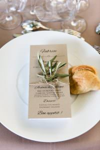 Individual menu for a wedding in Les Baux de Provence for a destination wedding planned by Muriel Saldalamacchia Photo by Cecile Creiche