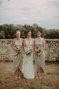 Bridesmaids at an Australian wedding in south of france by Muriel Saldalmacchia wedding planner Photo by Reego Photographie
