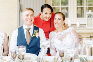 destination wedding in provence (happy couple happy planner) by Muriel Saldalamacchia wedding planner Photo by Remi Dupac