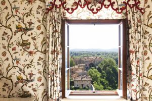 destination wedding planner in Tuscany luxury best place ever.jpg