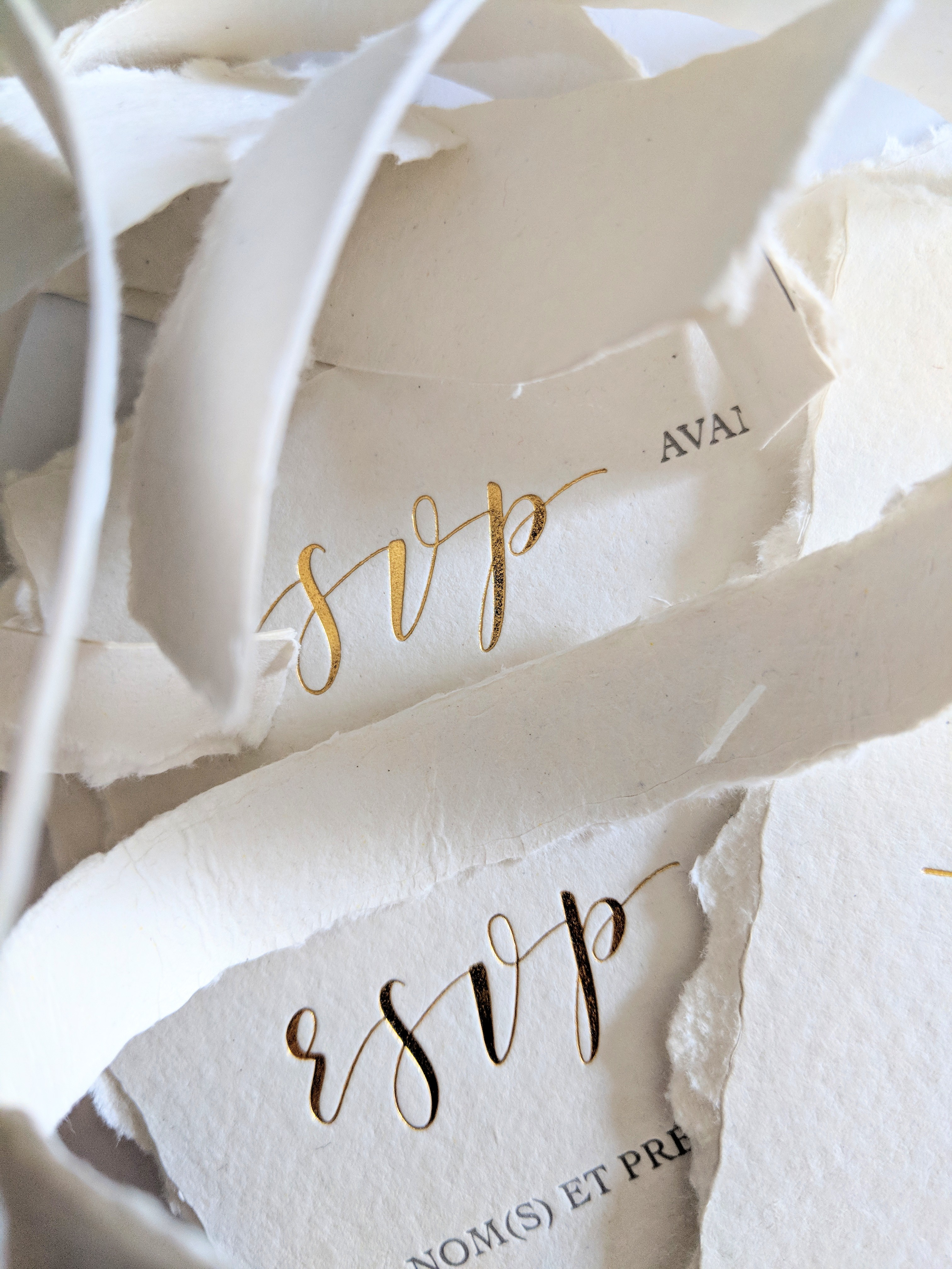 luxury wedding stationery with Creme de papier and Muriel Saldalamacchia