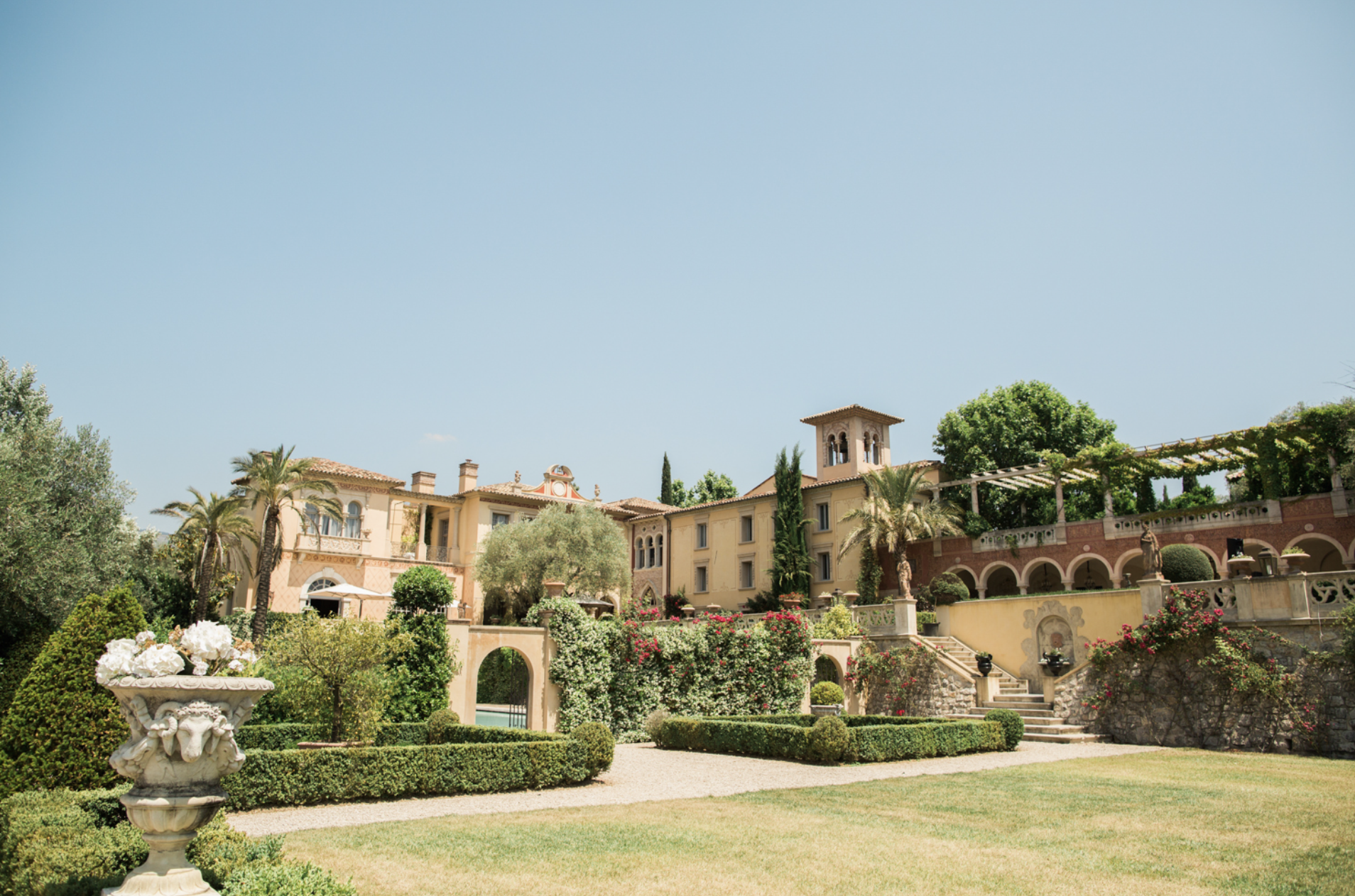 Luxury Wedding venue French Riviera with Muriel Saldalamacchia The International Wedding Planner