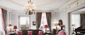 Paris luxury wedding-planner at Plaza Athenee
